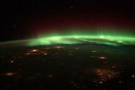 aurora-borealis-92355__180.jpg