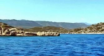 boat-trip-1167058__180.jpg