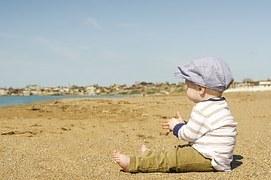 child-871845__180.jpg