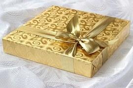 gift-1008885__180.jpg