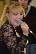 singer-495544__180.jpg