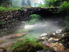 stone-bridge-989506__180.jpg