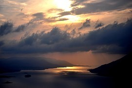 sunset-979705__180.jpg