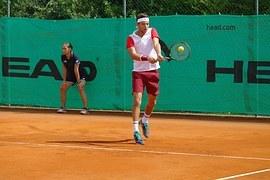 tennis-934852__180.jpg